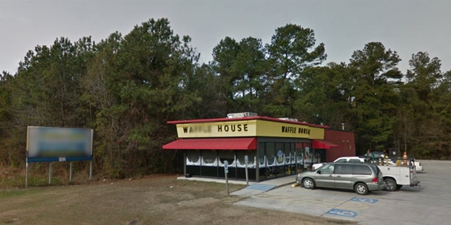 A video showing a North Carolina police officer choking a black man at a Warsaw Waffle House has gone viral on social media.