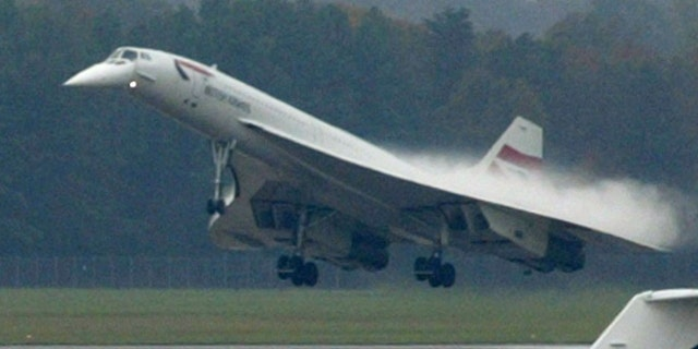 A Concorde jet owned by British Airways is seen as it lands atWashington Dulles International airport, October 14, 2003, as part ofits farewell North American tour. The plane is to be retired fromcommercial service before the end of the year. REUTERS/Yuri GripasYG/GN