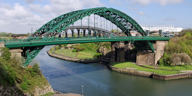 Police said Paige Hunter's inspiring messages on Sutherland, England's Wearmouth Bridge, pictured here, helped save six lives.