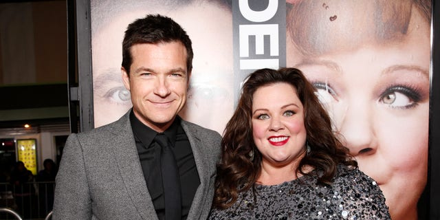 """Jason Bateman and Melissa McCarthy attend the world premiere of """"Identity Thief"""" at the Mann Village Westwood, Monday, Feb. 4, 2013, in Los Angeles. (Photo by Todd Williamson/Invision/AP Images)"""