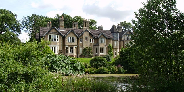 The cottage, formerly known as Bachelor's Cottage, was once home to Queen Elizabeth II's grandparents, King George V and Queen Mary, the Duke and Duchess of York.