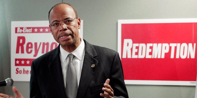 Nov. 28, 2012: Former Congressman Mel Reynolds announces that he's joining the increasingly crowded field running for the 2nd District seat vacated by Jesse Jackson Jr.