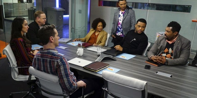 A scene from ABC's 'black-ish' 'Lemons' episode.