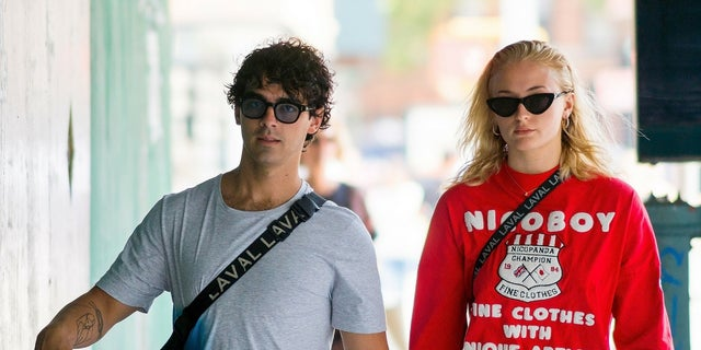 """""""Game of Thrones"""" star Sophie Turner explained why she was photographed crying while walking with Joe Jonas in New York City on Wednesday, August 15, 2018."""