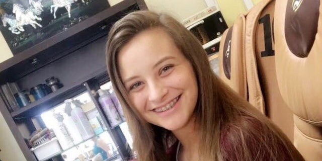 Alexi Stafford, 15, thought the cookie was safe to eat because the packaging was similar to another Chips Ahoy product.