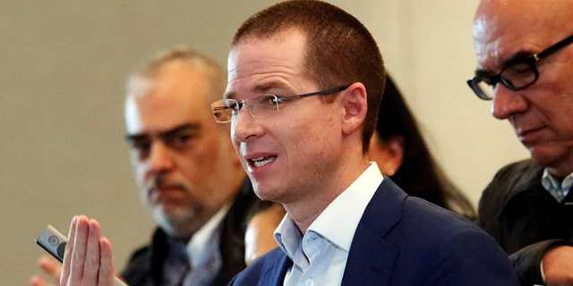 Ricardo Anaya has launched into President Trump on a trip to Los Angeles.