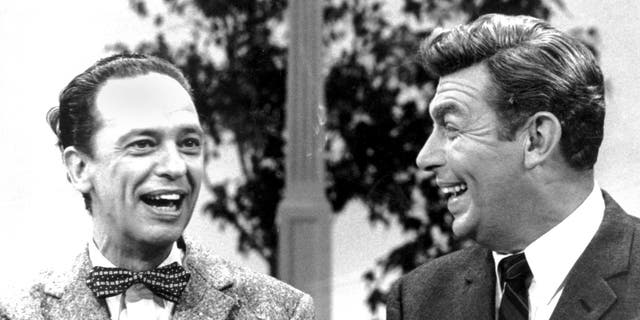 Don Knotts (left) and Andy Griffith.