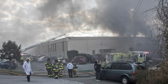 A fire at a New York cosmetics plant killed one person and injured 125 others.