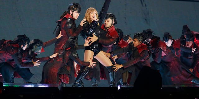 Taylor Swift opened up her Reputation Tour in Glendale, Ariz.