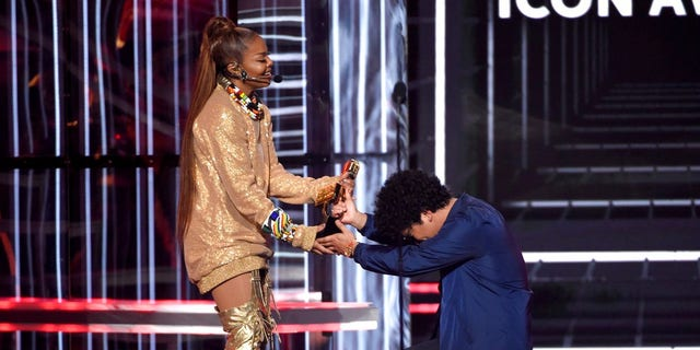 Bruno Mars introduced Janet Jackson for the Billboard Icon Award.