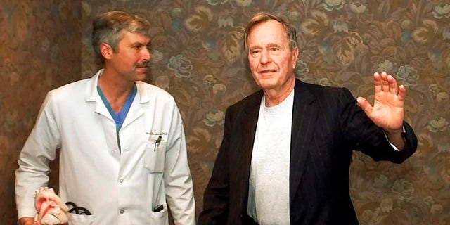 Hausknecht was a well-known doctor who once treated former President George H.W. Bush.  (AP)