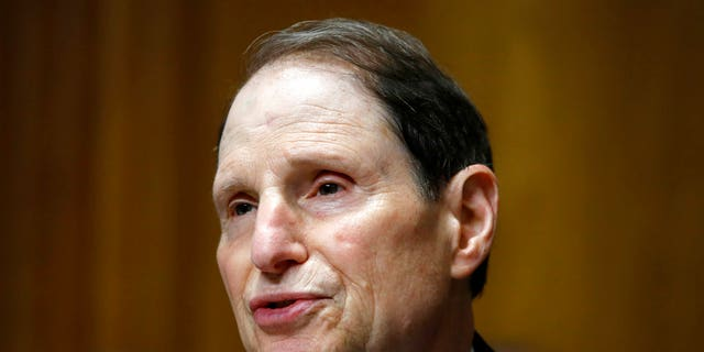 In this June 28, 2018, 파일 사진, 이것의. Ron Wyden, D- 시간., ranking member of the Senate Finance Committee, speaks during a hearing on the nomination of Charles Rettig for Internal Revenue Service Commissioner on Capitol Hill in Washington. Wyden is one of the original authors of Section 230 of the Communications Decency Act.(AP 사진 / 재클린 마틴, 파일)