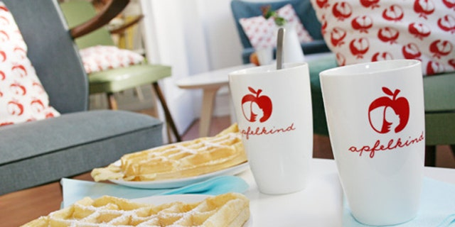 A café in Bonn called Apfelkind has become entangled in a legal fight with Apple over its logo.