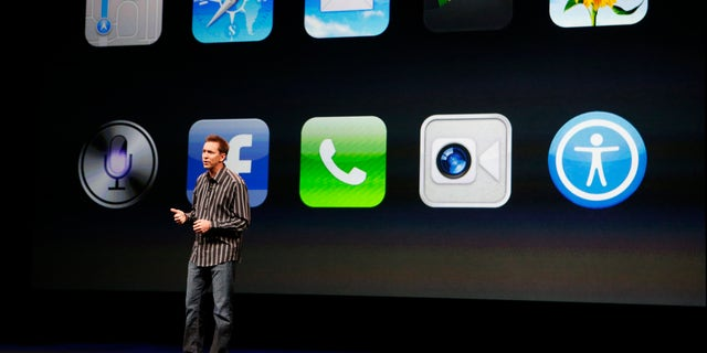 File photo. Scott Forstall, senior vice president of iOS Software at Apple Inc, speaks about iPhone5 apps during Apple Inc.'s iPhone media event in San Francisco, California Sept. 12, 2012.