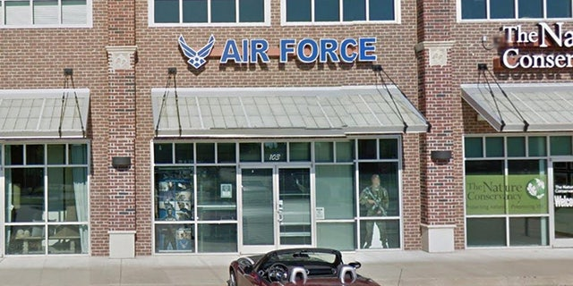 Air Force recruiting center near Tulsa, Oklahoma.