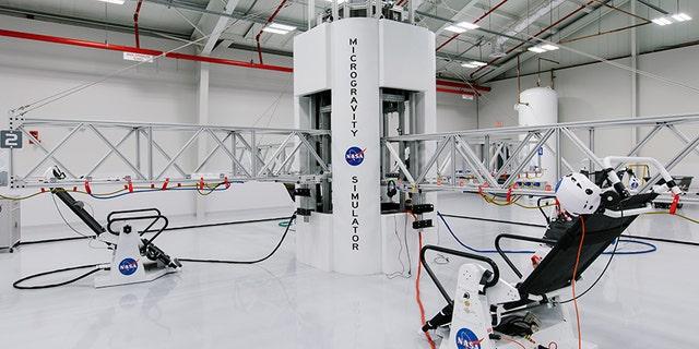 The microgravity simulator/