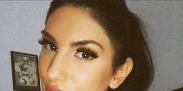 Messy lipstick cum facials max sluts