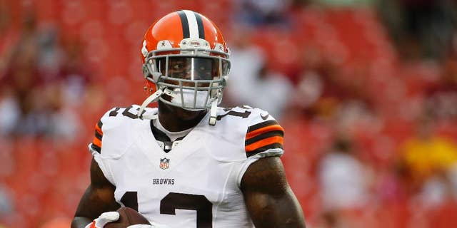 FILE - In this Aug. 18, 2014, file photo, Cleveland Browns wide receiver Josh Gordon warms up before an NFL preseason football game against the Washington Redskins in Landover, Md. Gordon's 10-game suspension for repeated violations of the NFL's drug policy is set to end Monday, Nov. 17 when the Pro Bowler will be allowed to rejoin his teammates after being exiled since September. (AP Photo/Evan Vucci, File)