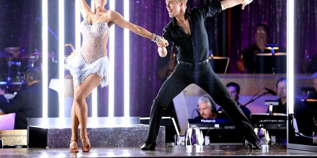 Singer Kellie Pickler (L) and professional dancer Derek Hough (R) competing on 'Dancing with the Stars.'