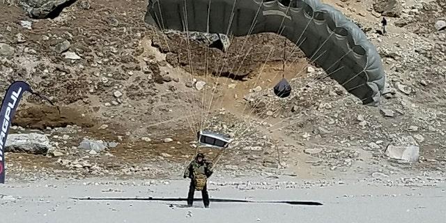 (Complete Parachute Solutions)