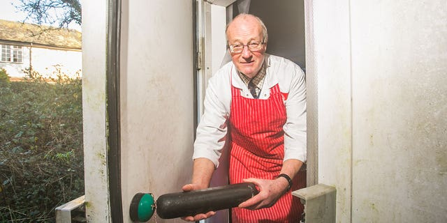 McCabe used the black pudding as a battering ram, and managed to de-ice the safety release button and free himself before he froze to death.