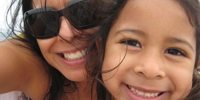 Yazmin Maribel Bautista, left, and her daughter, Fatima Sadiq Al-Saffar.