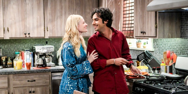 Pictured: Nell (Beth Behrs) and Rajesh Koothrappali (Kunal Nayyar).