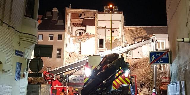 Explosion in Antwerp, Belgium rips through three homes.