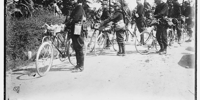 Photograph shows French soldiers with bicycles during the beginning of World War I. Image is part of the George Grantham Bain Collection at the Library of Congress (Library of Congress).