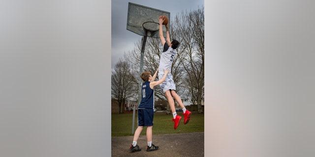 He's 16 and he's gigantic: Meet world's tallest teenager | Fox News