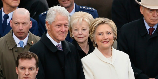 Former President Bill Clinton and former Secretary of State Hillary Clinton took a commercial flight from Washington to New York this weekend.