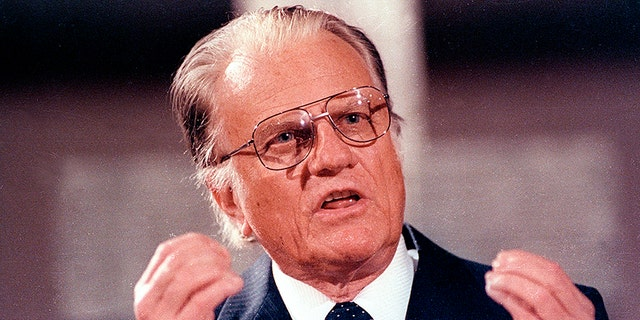 U.S. evangelist Billy Graham spoke in the East Berlin Gethsemane Church in 1990.