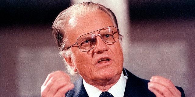 U.S. evangelist Billy Graham spoke in the East Berlin Gethsemane Church in 1990.