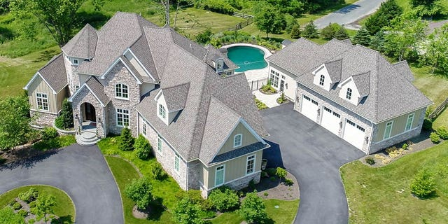 The property sits on 4.2 acres in Newark. Del.