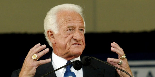 Bob Uecker had to undergo surgery following the poisonous bite.