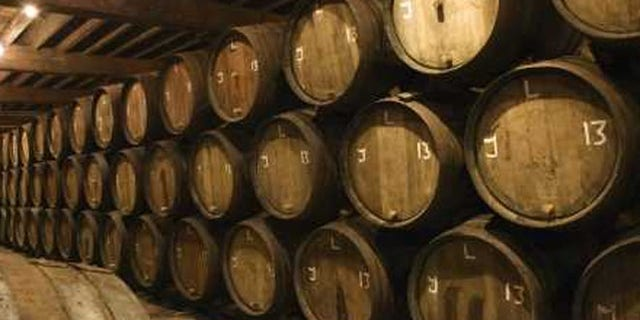 A record-breaking 500,000-plus people visited distilleries along Kentucky's bourbon trail in 2012, marking a 15 percent increase over the year before.