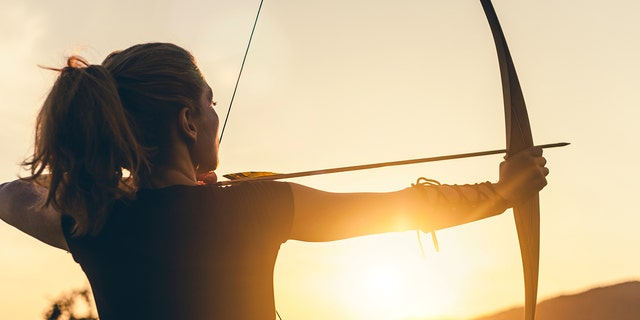 Traditional bowhunters use bows made of wood and fiberglass, as opposed to aluminum, carbon or steel.