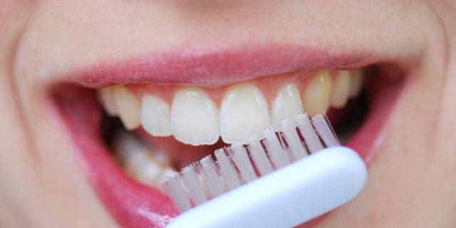 How gross is your toothbrush? 5 toothbrush hygiene mistakes