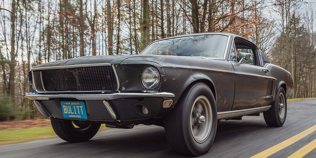 The New Ford Mustang Bullitt Met The Original One At The Detroit