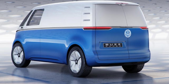 Vw Microbus For Sale >> Volkswagen I.D. Buzz Cargo electric van delivers the goods with retro style | Fox News