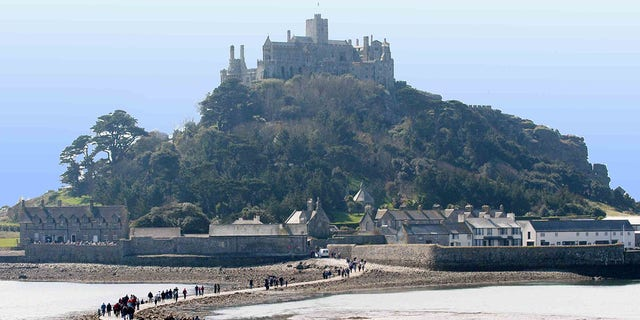 """They're looking to hire someone with vision to ensure St Michael's Mount """"remains the jewel in Cornwall's crown""""."""