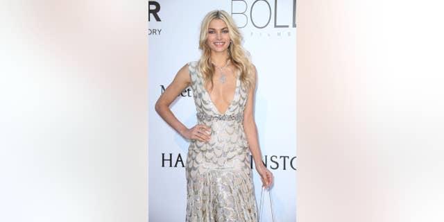 Jessica Hart recalled her road to sobriety for Harper's Bazaar Australia.