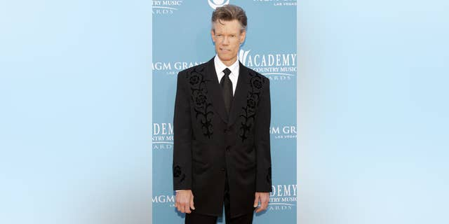 Randy Travis makes new legal move to block 2012 DWI arrest
