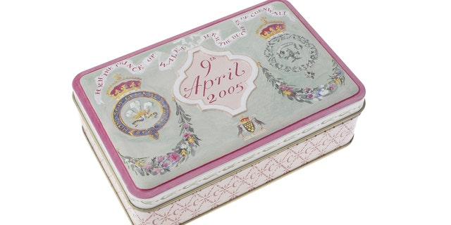 ther highlights include a royal wedding cake slice from the marriage of Prince Charles to Camilla on April 9, 2005 (estimate of £500).