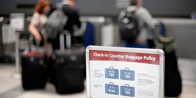 There are some ways to get around the fees airlines charge to change flights.
