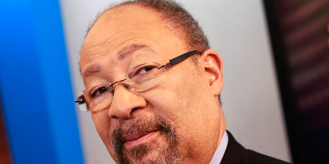 Richard Parsons steps down from CBS board, citing health issues