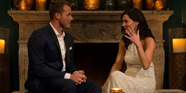 """Bachelorette"" Becca Kufrin, right, and contestant Colton Underwood on Season 14 of the dating series."