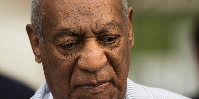 Bill Cosby llega a una audiencia en su caso de abuso sexual en el Juzgado del Condado de Montgomery, en Norristown, Pennsylvania, el martes 6 de septiembre del 2016. (AP Foto/Matt Rourke)