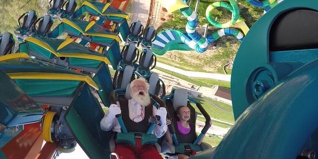 Santa & Claire on Thunderbird