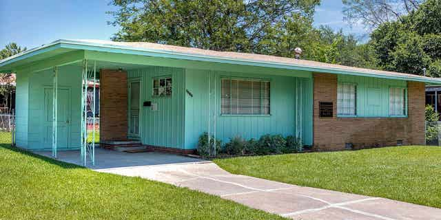 The first NAACP field secretary Medgar Evers was assassinated at his home in 1963. It is now a museum, restored to look as it did when the Evers family lived there. (U.S. Civil Rights Trail)